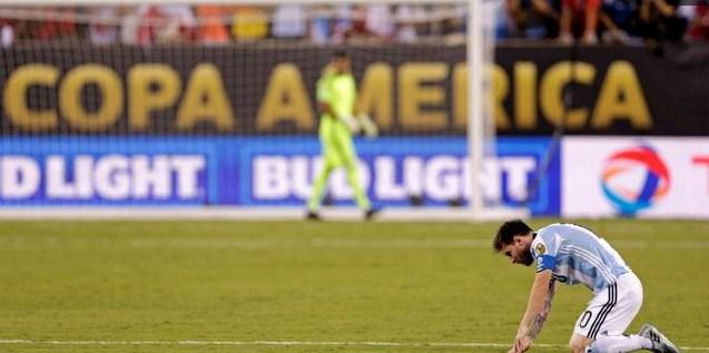 Copa America 2016: Argentina Tidak Pernah Mencintai Messi Seperti Barcelona