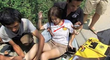 VIDEO: Modus Beri Bantuan, Pria Ini Malah Nyuri Kesempatan