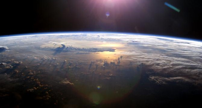 Pergeseran Kutub Bumi Akan Picu Kiamat Pada 29 Juli 2016