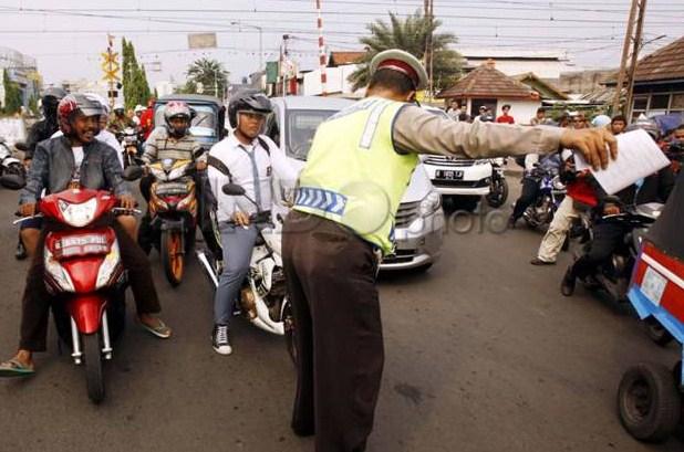 Gelar Razia Ilegal, Tujuh Oknum Polisi Diringkus Propam Polda